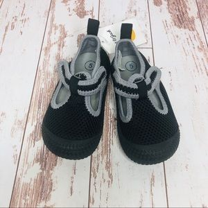 Toddler Boys Black Water Shoes Sz 5